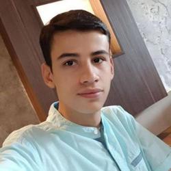 Amirhosein Esmailzadeh Clubhouse