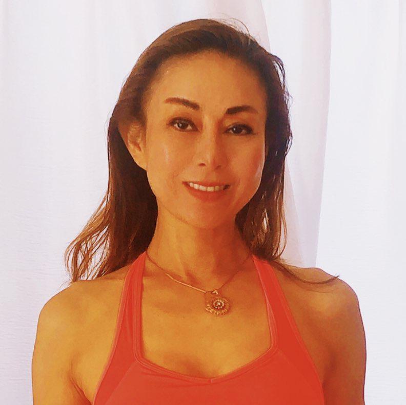 Jenny 岡本 Clubhouse