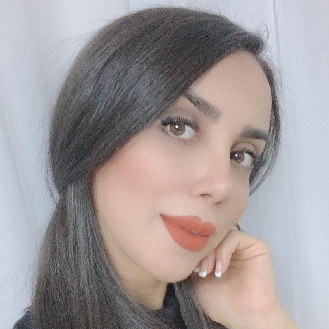 Mahdiyeh khodadadi Clubhouse