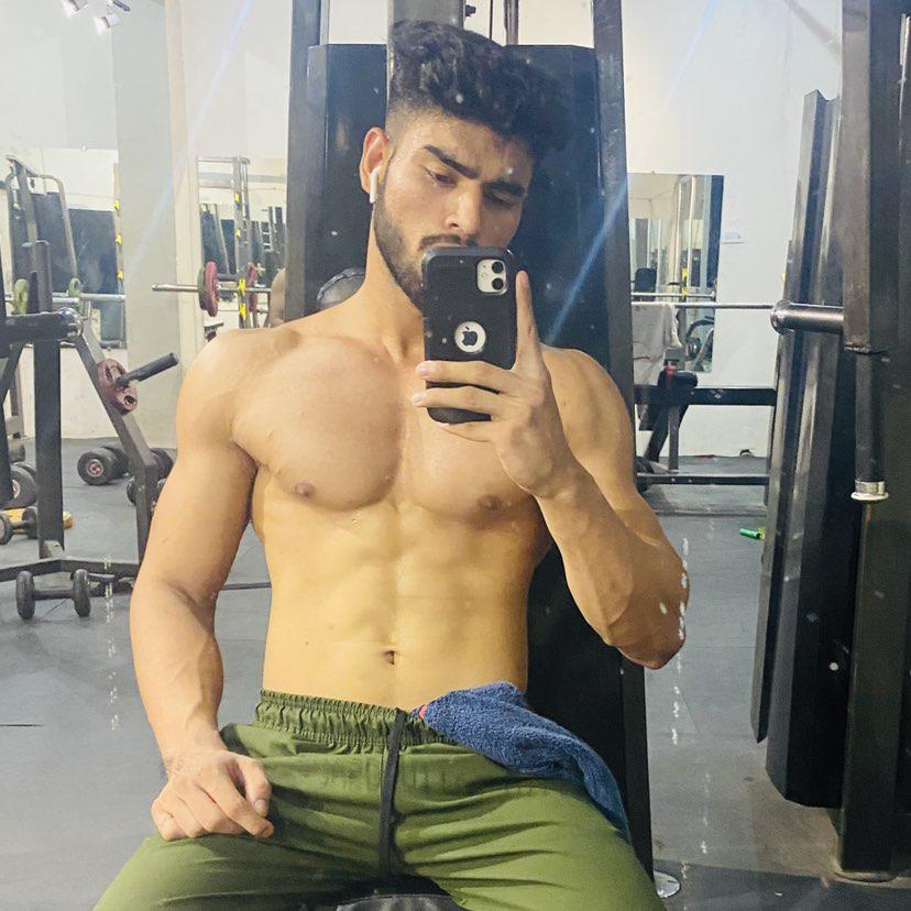Abhishek Tiwari Clubhouse