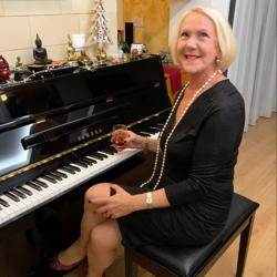 Elisabeth Toufexis