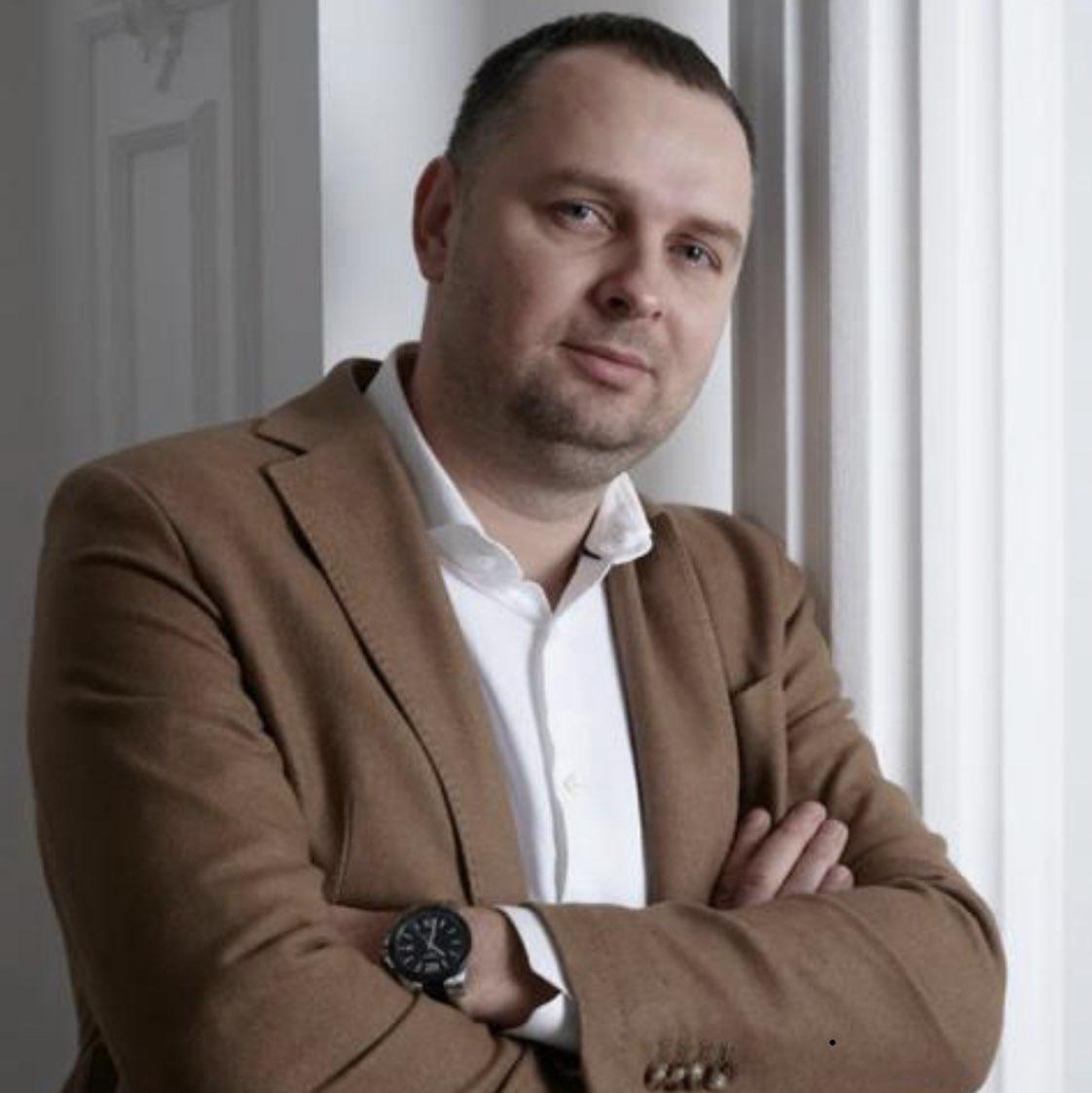 Anton Maksimov Clubhouse