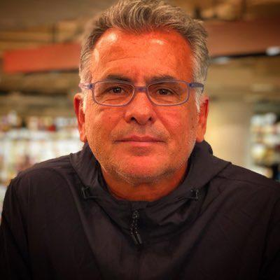 Antonio Costa Clubhouse