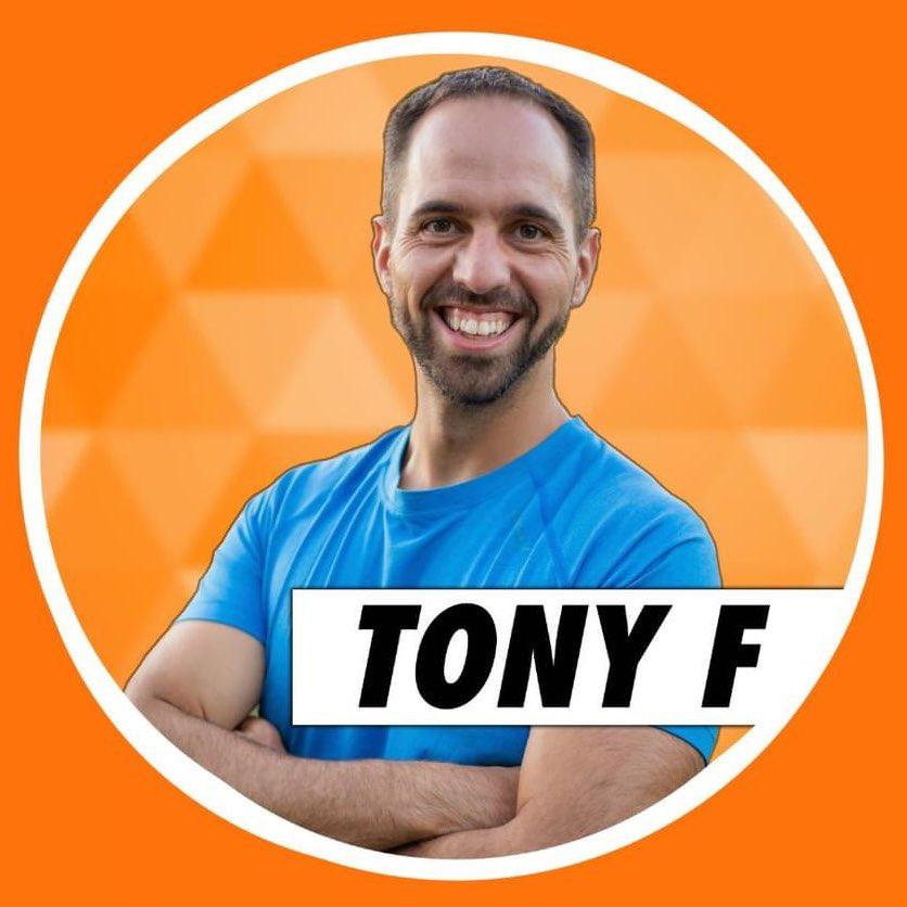 Tony Felgueiras Clubhouse