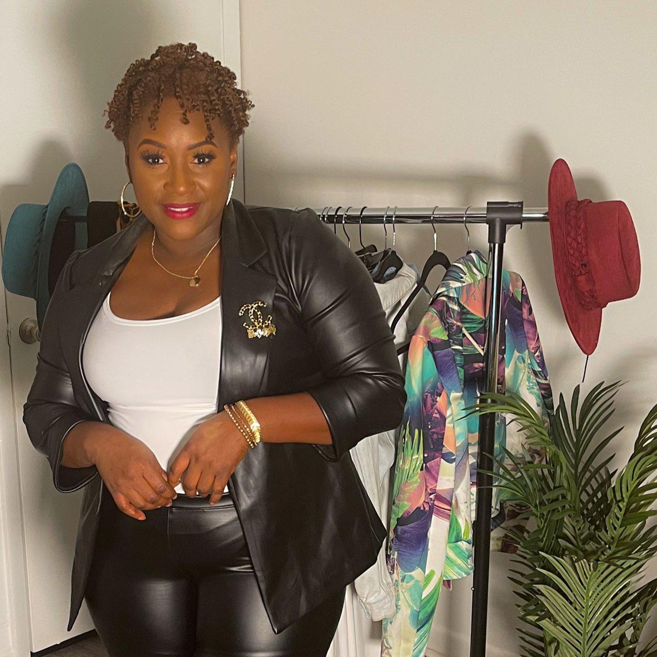 Noviah Denise Clubhouse