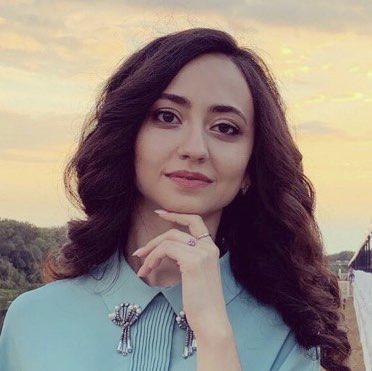 Lili Malikova Clubhouse