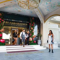 LES AMBASSADEUR Clubhouse