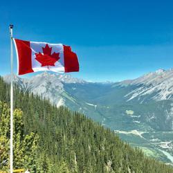 الفبای مهاجرت به کانادا Clubhouse