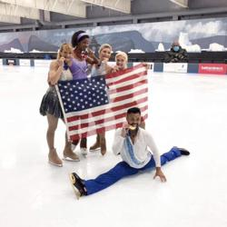 Figure Skaters on Ice  Clubhouse