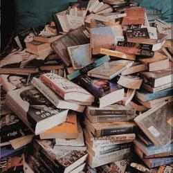 مافياى كتاب Clubhouse