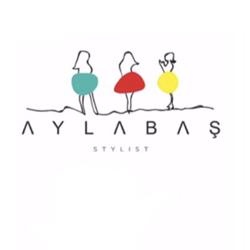 Stylist Ayla Baş Clubhouse