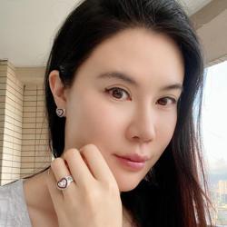 Jennifer Cheng Clubhouse