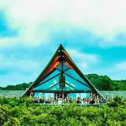 Warung (Galera do Garden) Clubhouse